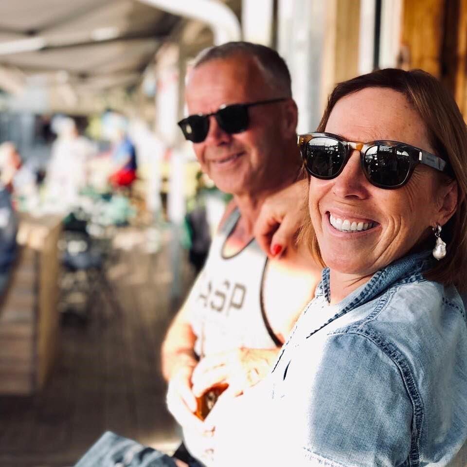 """Geir og Helle har vært gift siden 1984 og har fått tre """"juristssønner"""". Foto: Privat"""